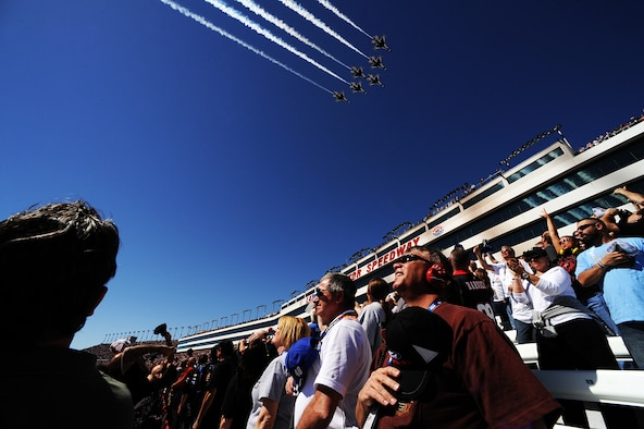 The Air Force Thunderbirds fly the six-ship Delta formation over the Las Vegas Motor Speedway to begin the start of the Kobalt Tools 400.