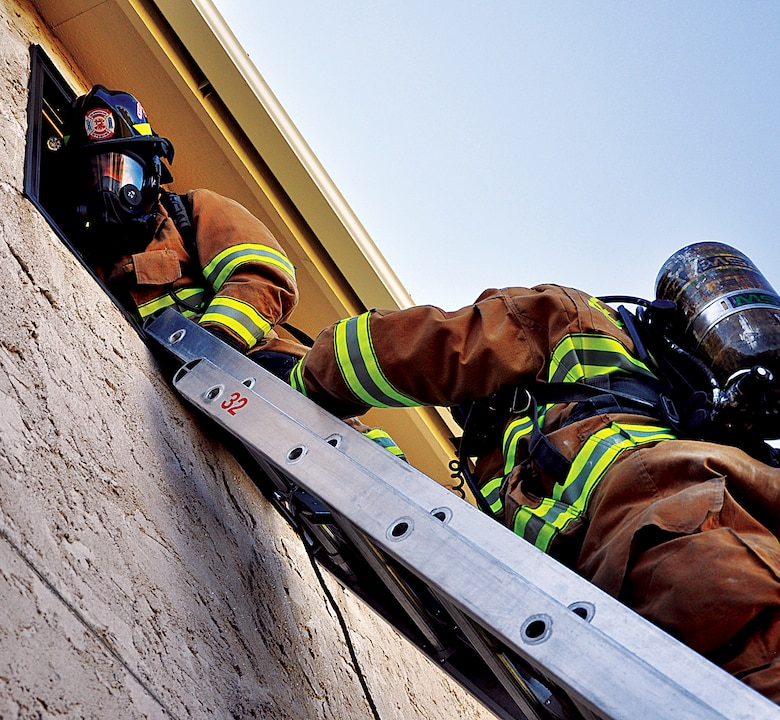 130829-F-DY381-056