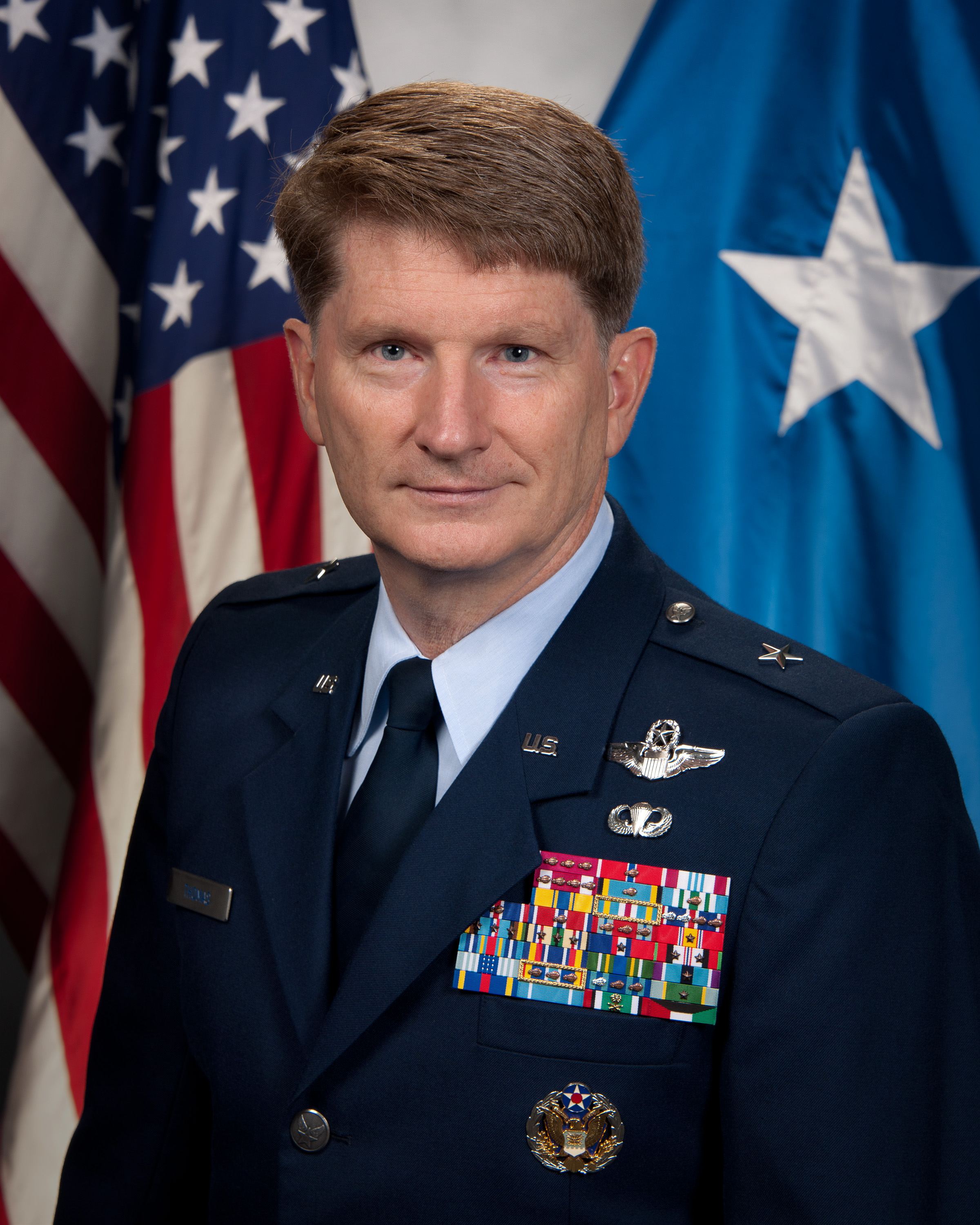 Biographies: BRIGADIER GENERAL ROBERT D. THOMAS > U.S. Air Force
