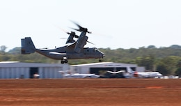 An MV-22B Osprey with Marine Medium Tiltrotor Squadron 265, 31st Marine Expeditionary Unit, takes off to Bradshaw Field Training Area for Exercise Koolendong, here, Aug. 28. Marines with Marine Rotational Force - Darwin flew in four Ospreys to travel to BFTA. During this exercise, Marines with MRF-D and the 31st MEU will work bilaterally with Australian soldiers from Bravo Company, 5th Battalion, Royal Australian Regiment.