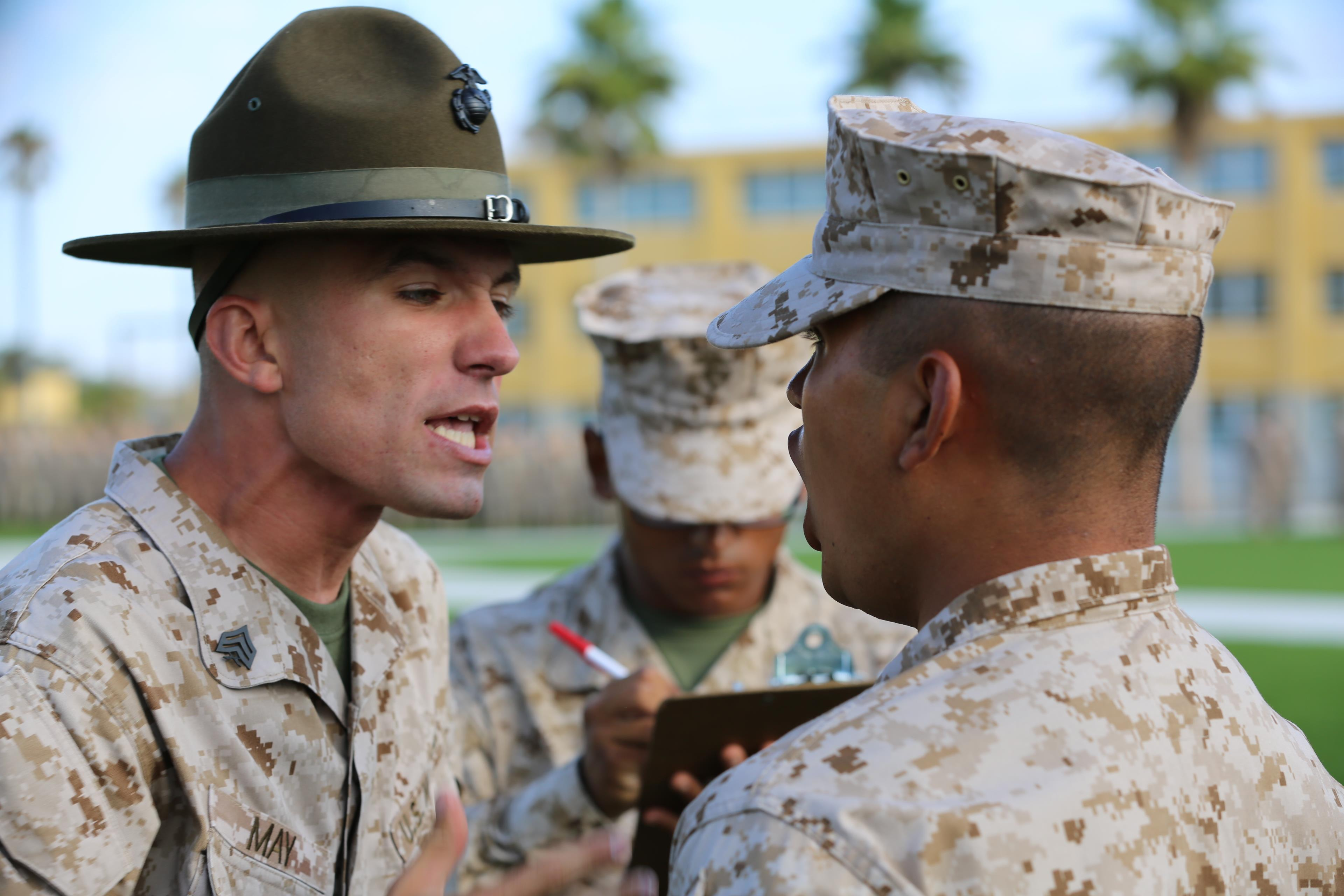 Co. F endures senior drill instructor inspection > Marine ...