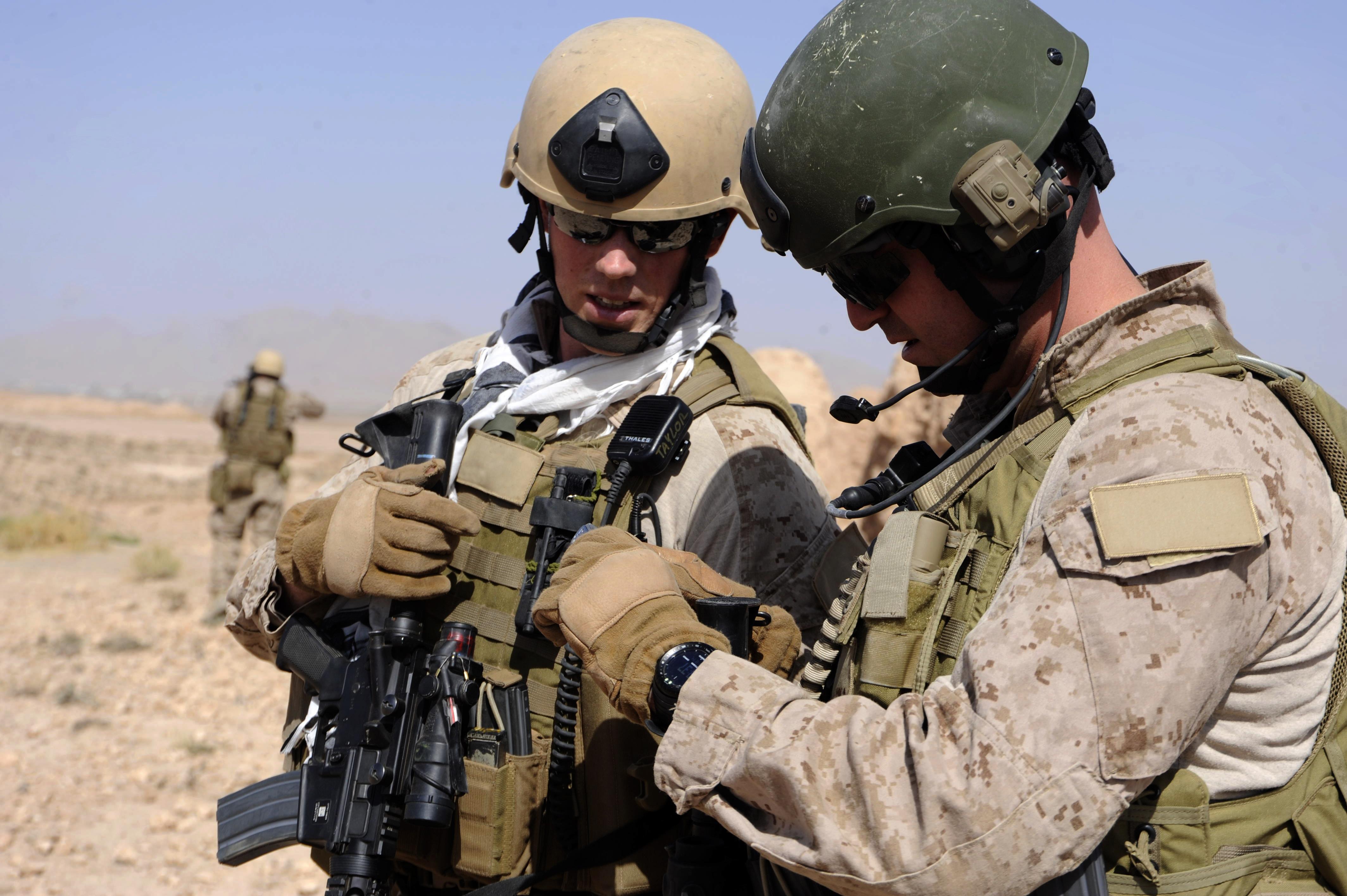 Marine Corps gains ground in intelligence sharing > Marine Corps ...