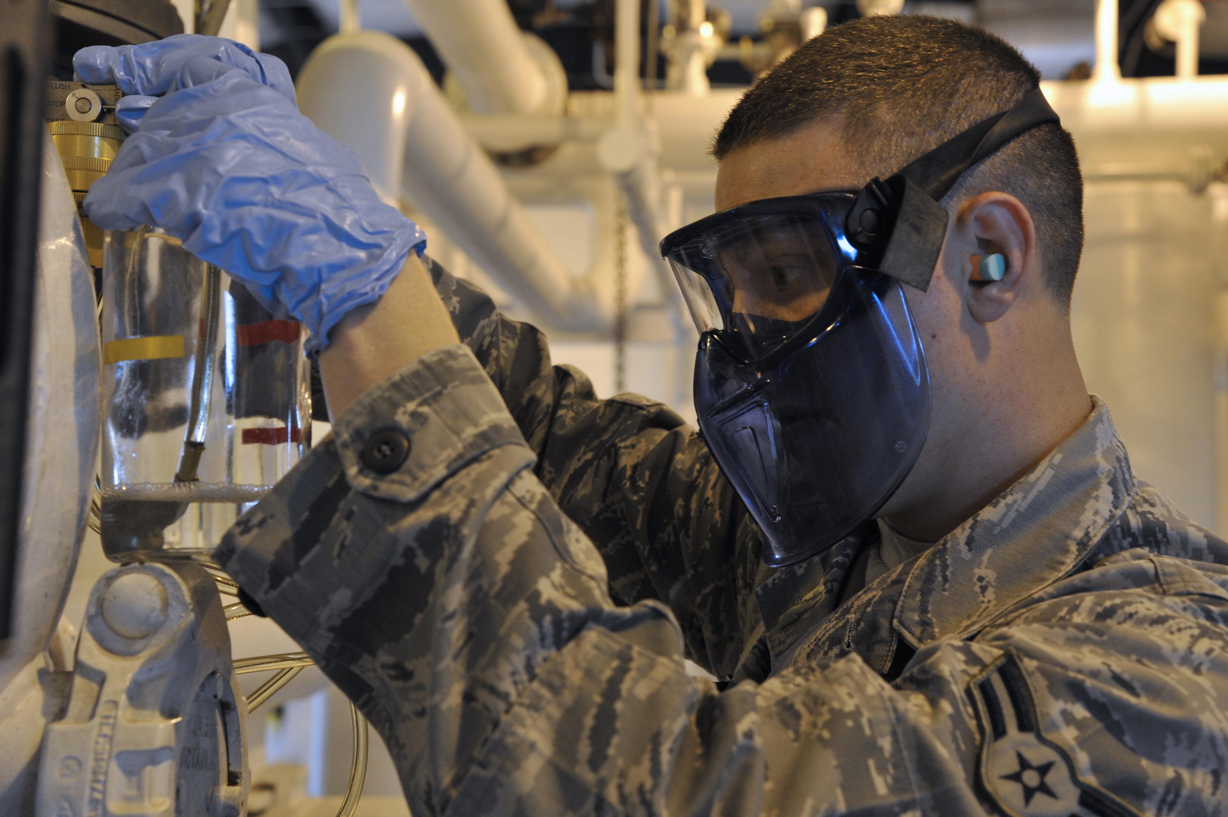 Airmen Ensure Jet Fuel Is Top Quality Scott Air Force Base Filters