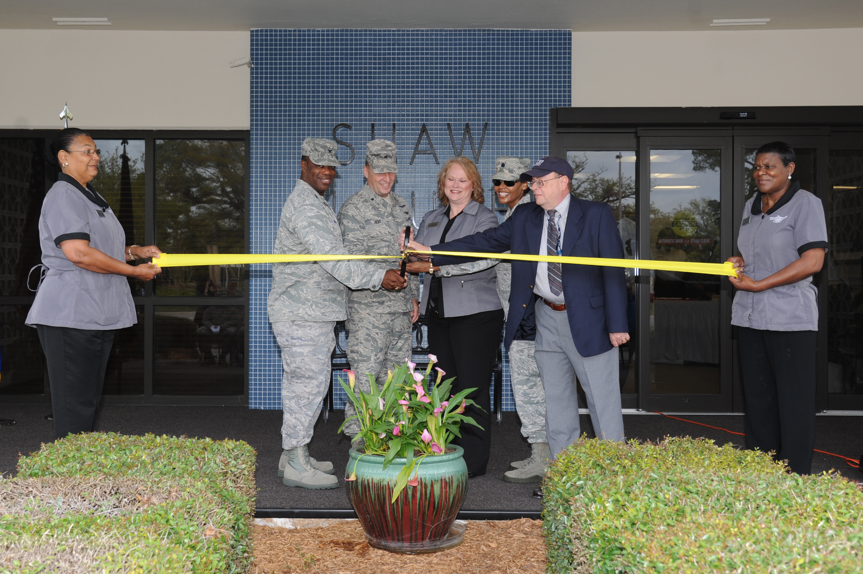 shaw house ribbon cutting ceremony > keesler air force base shaw house ribbon cutting ceremony