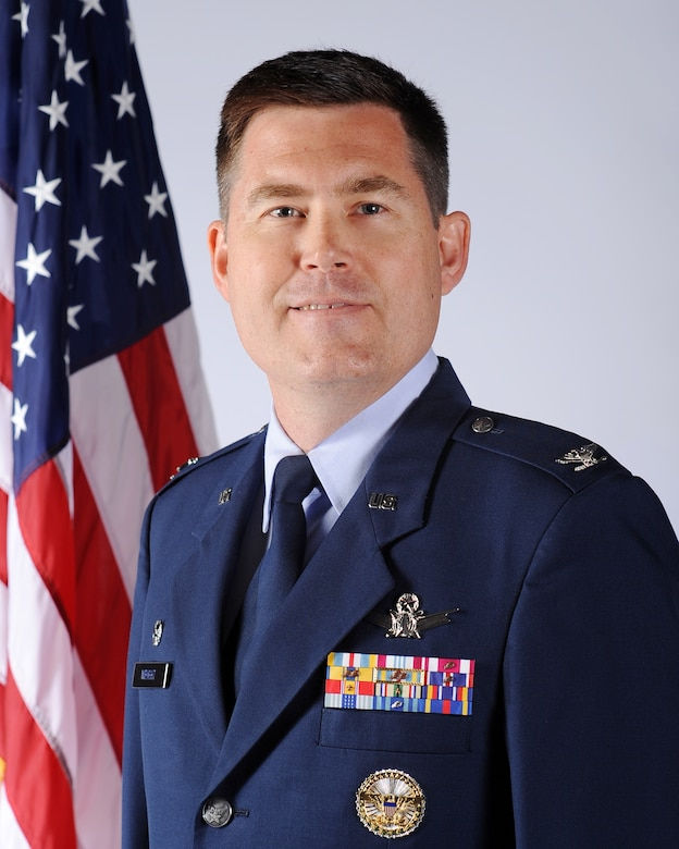 Col. Dan Wright, 460th Space Wing commander, has decided to offer a page where Team Buckley can read up on important issues addressed by leadership affecting the health, morale and welfare of our workforce and the missions we collectively support.