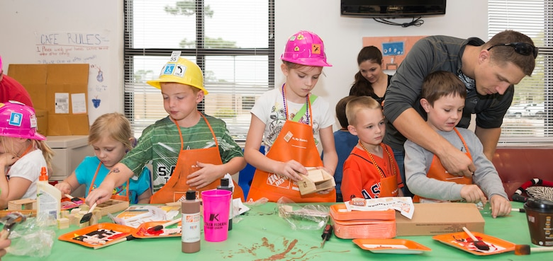 home depot events, kids building