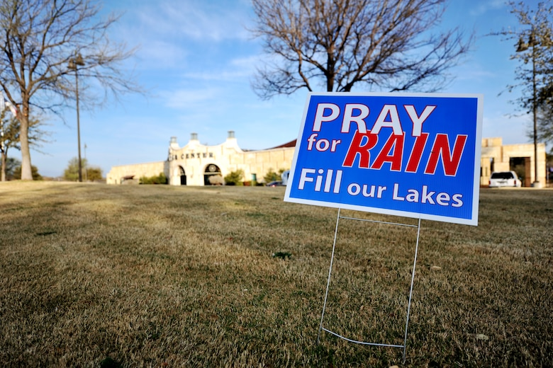 SAN ANGELO, Texas – A sign placed outside the San Angelo Visitor Center reminds people about the seriousness of the drought March 27. If the drought continues, San Angelo could run out of water in about 14-months. (U.S. Air Force photo/ Airman 1st Class Devin Boyer)