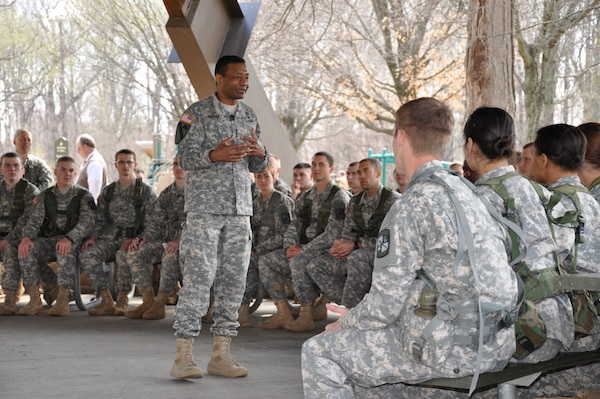 Lt. Gen. Bostick addresses more than 70 members of the UofL Army ROTC Cardinal Battalion April 9 at the Cherokee Park pavilion before observing the battalion Army exercises.