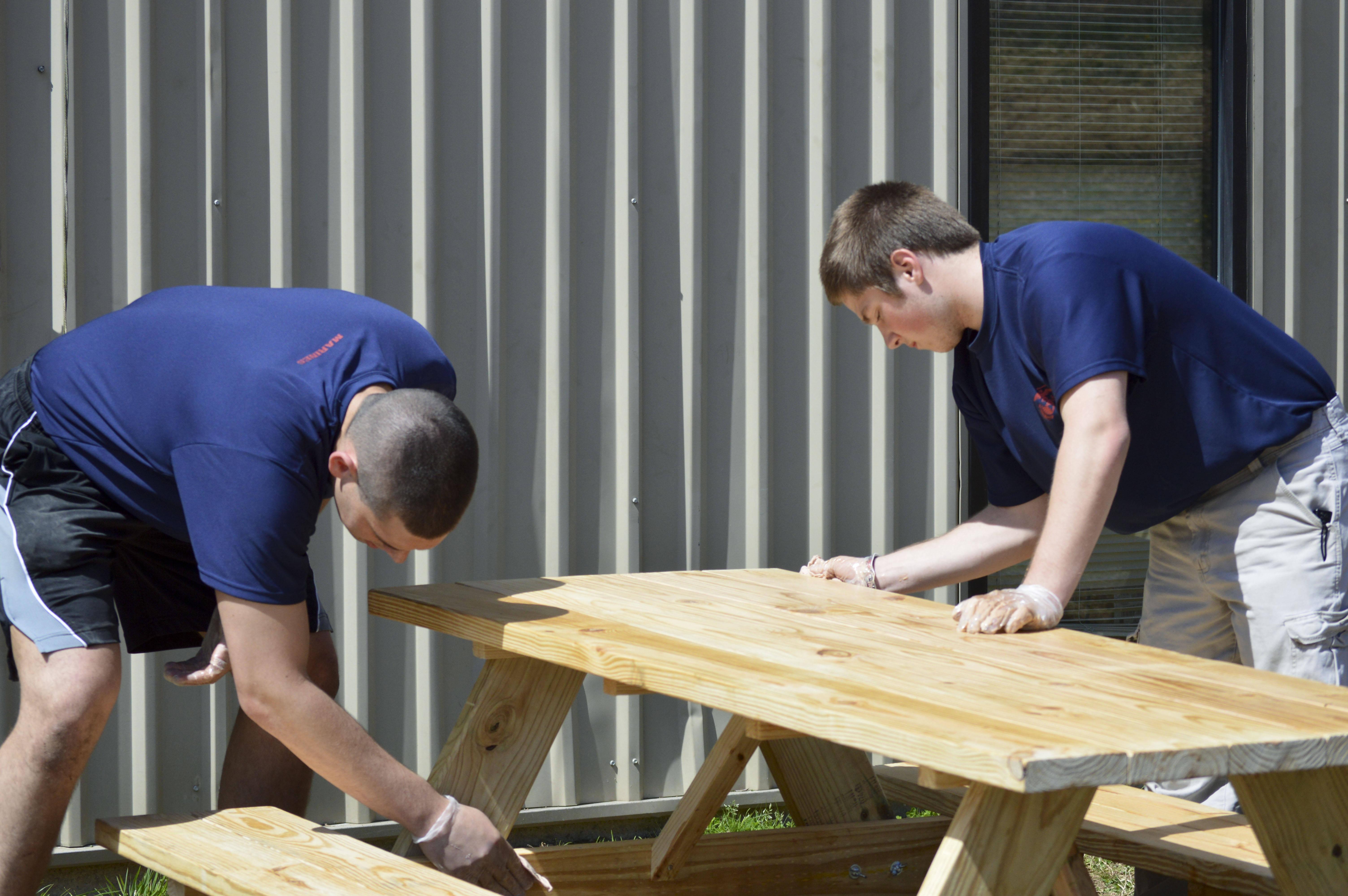Photos - 12 person picnic table