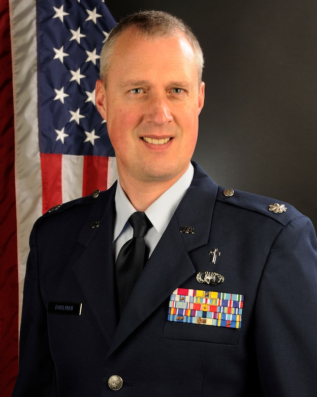 Portrait of U.S. Air Force Lt. Col. Brian Bohlman, chaplain for the 169th Fighter Wing at McEntire Joint National Guard Base. He was selected as the 2013 Air National Guard Chaplain of the Year. (U.S. Air National Guard photo by Senior Master Sgt. Edward Snyder/Released)