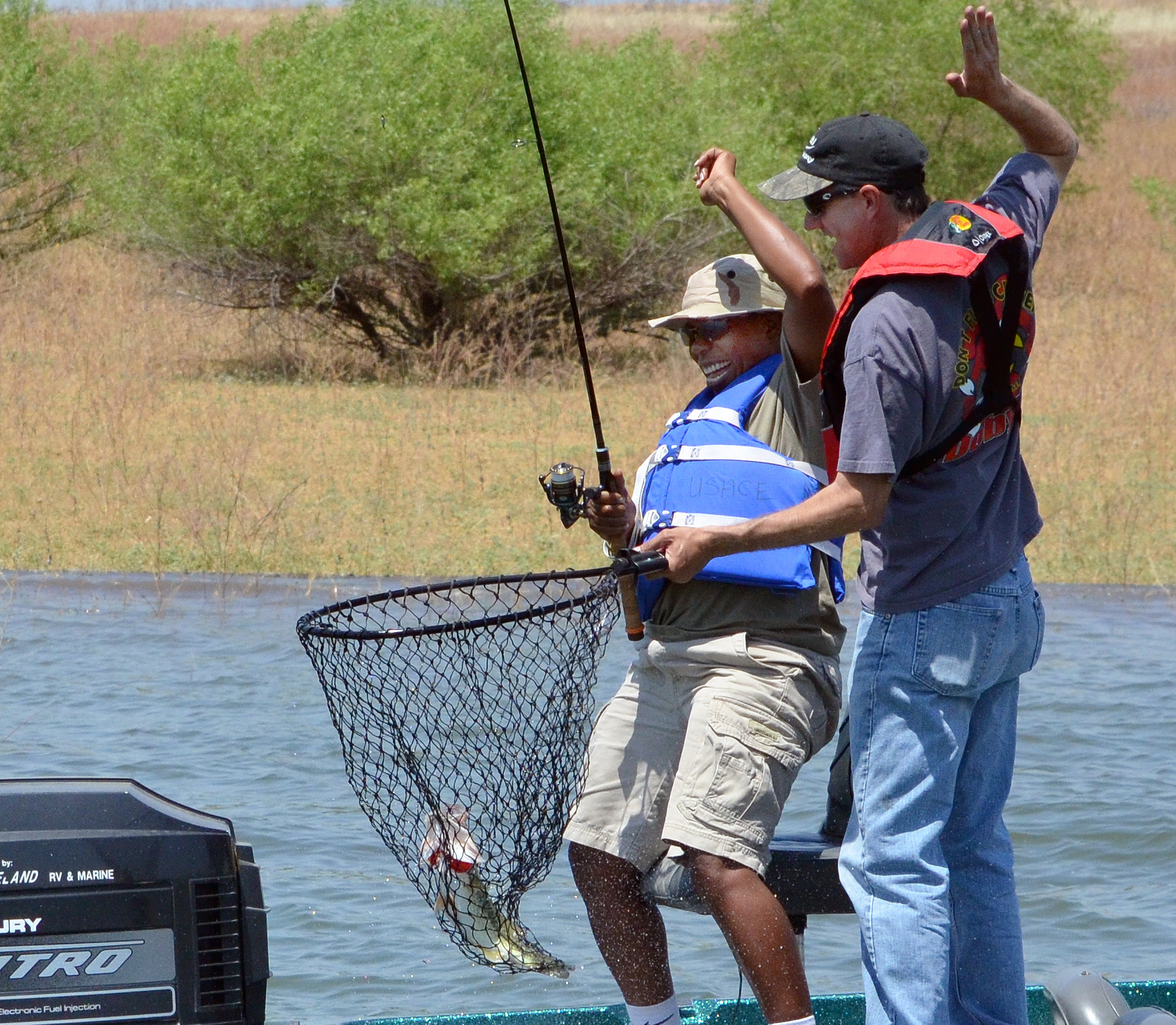 Pine flat lake to host wounded veterans families for Free fishing license for veterans