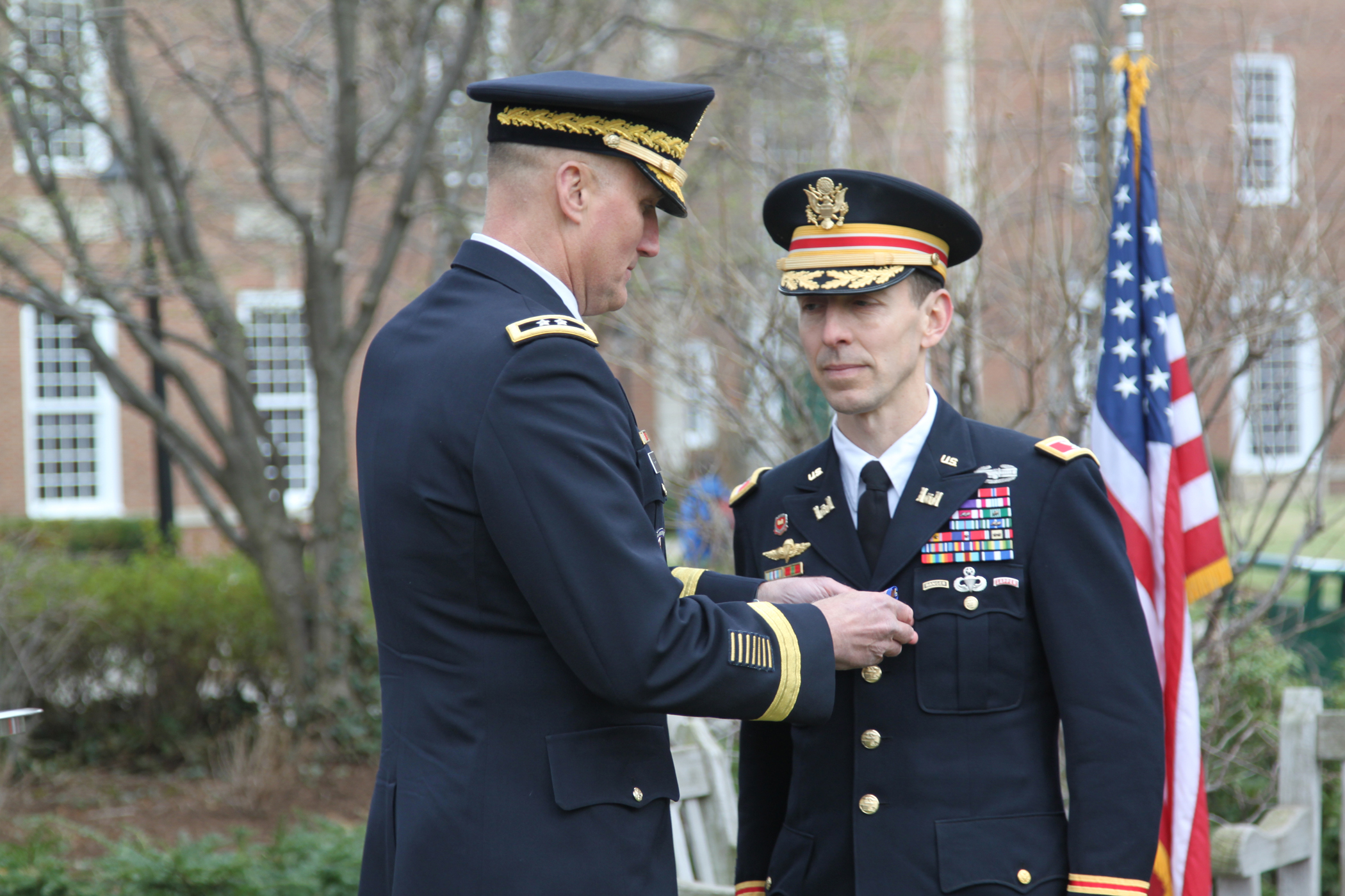Boston Marathon Hero Awarded Soldier S Medal Headquarters Story