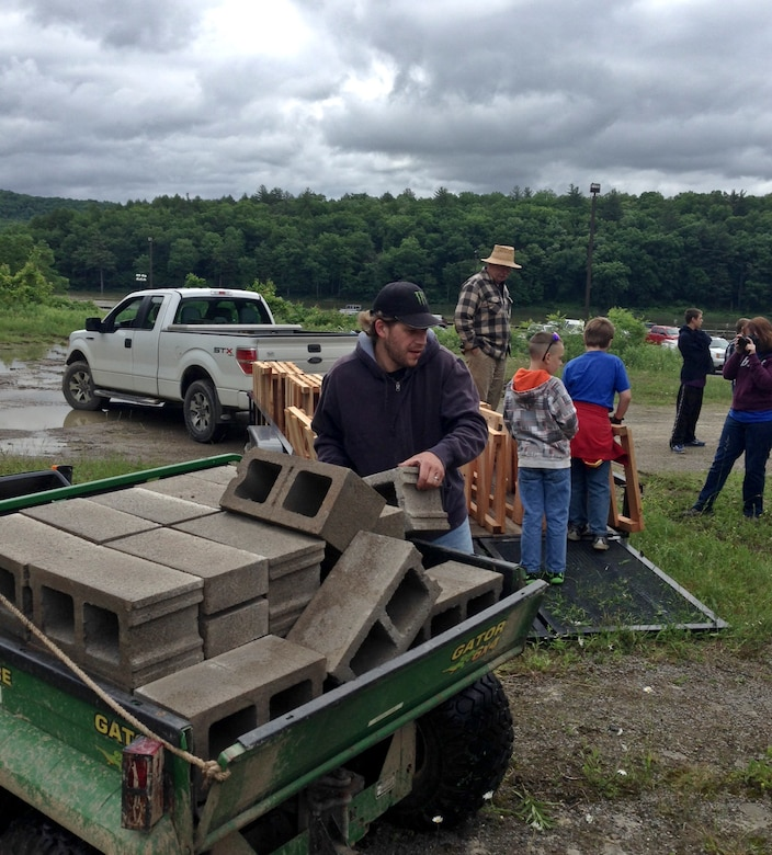 On June 14, Tionesta Lake ranger staff teamed up with the Pennsylvania Fish and Boat Commission, Boy Scout Troop 82, and some local community volunteers to build fish attractors for the lake.