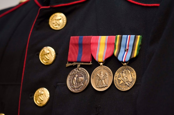 rs baltimore marines help cold war marine reconnect to