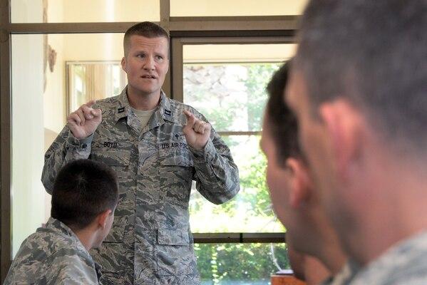 Air Force Chaplain (Capt.) Richard Boyd, Joint Base San Antonio-Randolph installation chaplain, provides counseling to Airmen May 9 at JBSA-Randolph. (U.S. Air Force photo by Johnny Saldivar)