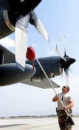 006 - U.S. Air Force Reserve Tech. Sgt. Joseph Aldarondo, 440th Air