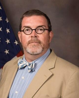 Bio Photo of Dr. Charles Cushman
