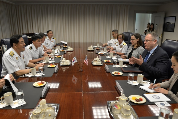 Deputy Defense Secretary Bob Work, second from right, meets with South Korean Chief of Naval Operations Adm. Hwang Ki-chul, left, at the Pentagon, July 30, 2014. DoD photo by Glenn Fawcett