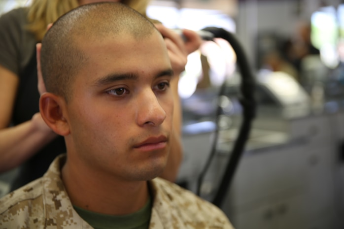 marines haircut regulations marines mil photos 5992 | 140807 M YZ063 002