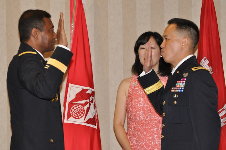 U.S. Army Corps of Engineers Commanding General and 53rd Chief of Engineers Lt. Gen. Thomas Bostick administers the Officer's Oath to South Pacific Division Commander Brig. Gen. Mark Toy at a frocking ceremony on Aug. 15 at the Eagle's Nest Clubhouse in Cypress, Calif.