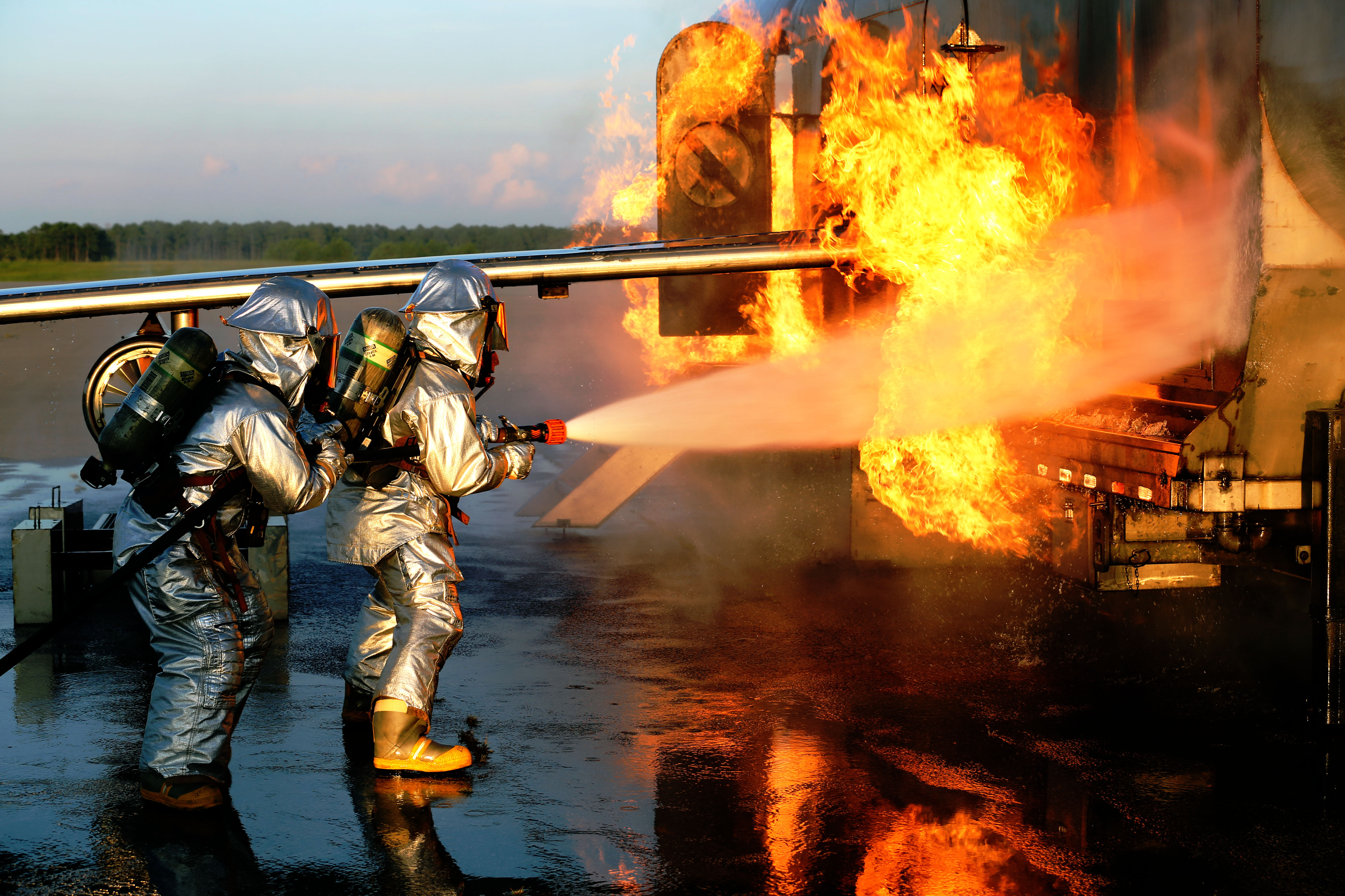 Aircraft Rescue, Firefighting Marines hone techniques ...