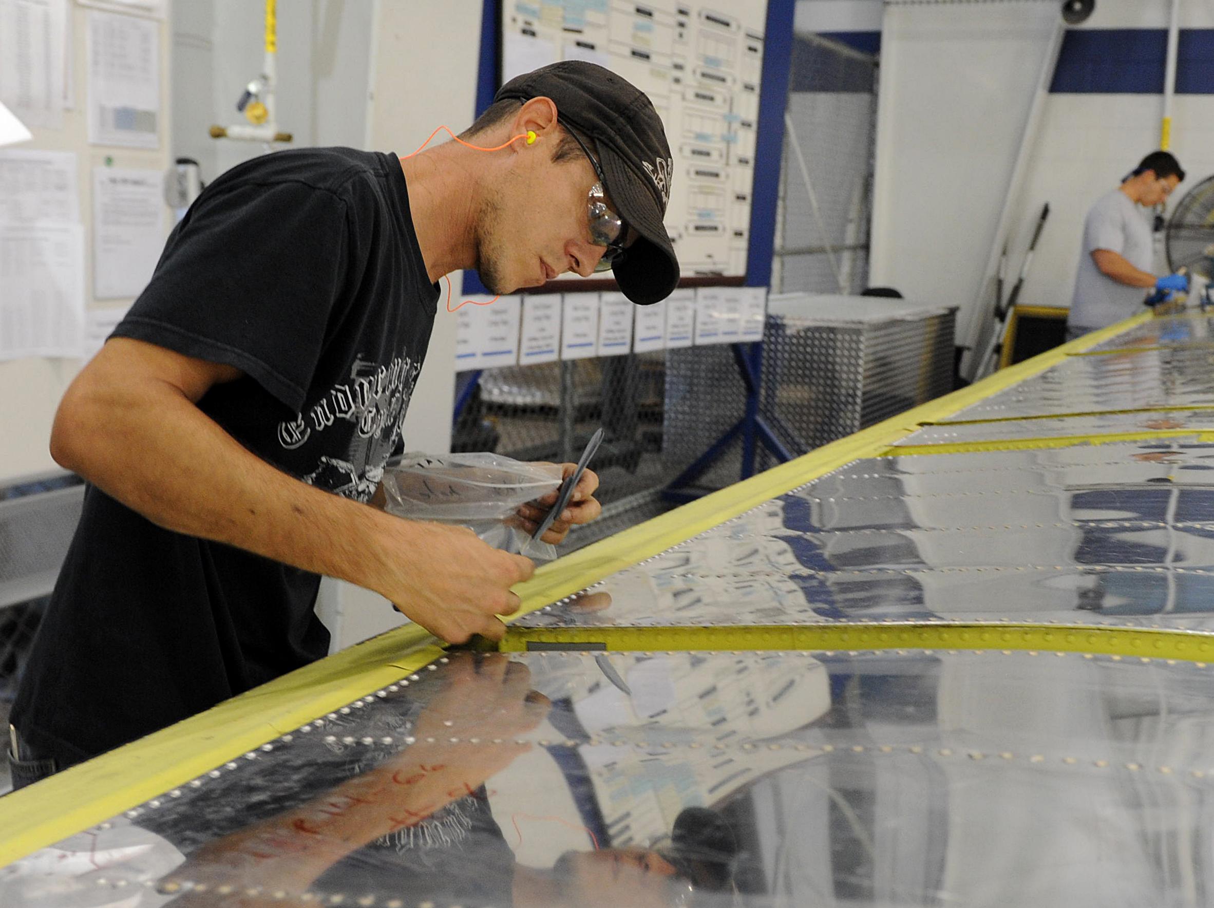 Sheet Metal Manufacturing Process Flow Chart: CMXG C-130 long flaps shop highlights process discipline e Robins ,Chart