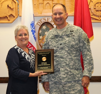 On May 22, 2014, Jacque Gee, small business specialist, Louisville District, was announced as the winner of the Army's Full-Time Small Business Specialist of the Year Award for Fiscal Year 2013.