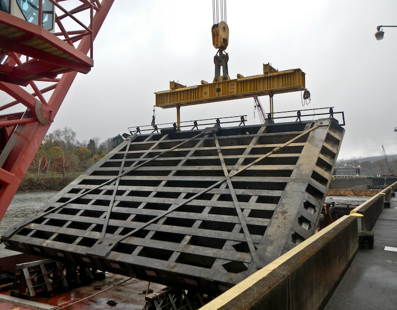 Crews fixed the sills as well as gate anchorages, dam gate hoist gear boxes, and feeder electrical cables.