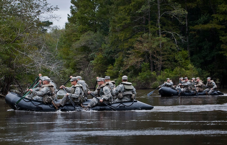 Soldiers from the 6th Ranger Training Battalion, paddle down the Yellow River enroute to a memorial on Eglin Air Force Base, Fla., for the four fallen Rangers who lost their lives Feb. 16, 1995. More than 40 Soldiers participated in the excursion Sept. 25 that followed in the footsteps of the tragic squad to learn from their experience and understand what took place that night almost 20 years ago.