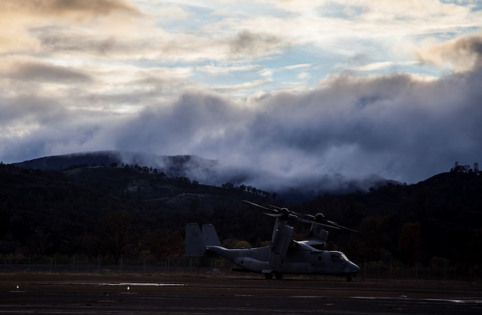 An MV-22B Osprey with Marine Medium Tilt-Rotor Squadron 161 (Reinforced), 15th Marine Expeditionary Unit, lands during Realistic Urban Training aboard Fort Hunter Liggett, Calif., Dec. 4, 2014. RUT prepares the 15th MEU Marines for their upcoming deployment, enhancing their combat skills in environments similar to those they may find in future missions. (U.S. Marine Corps photo by Cpl. Elize McKelvey/Released)