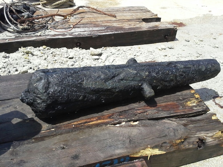 The discovery of an early 18th century cannon during work on the Miami Harbor Deepening Project was certainly an exciting moment.  The cannon discovery was made while spreading dredged material and removing large debris to create a seagrass mitigation area.