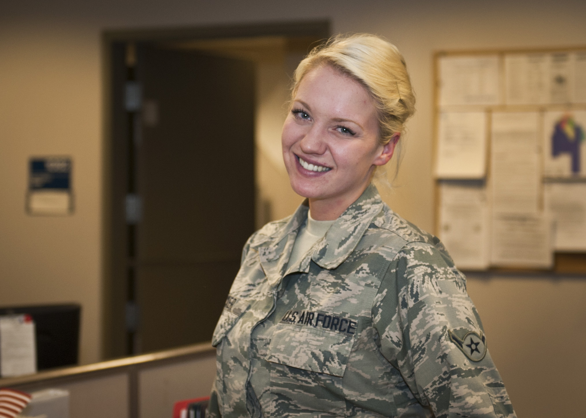 How to survive dating an airman