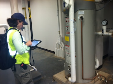 MICA:WET users can expedite field audits using a mobile tablet.