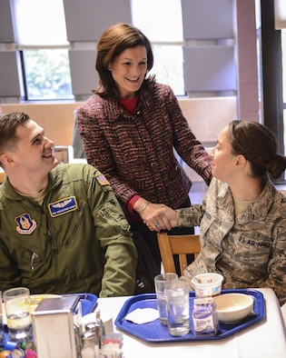 Betty Welsh, wife of Air Force Chief of Staff Gen. Mark A. Welsh III, meets with Senior Airman Christopher Sinden and Senior Airman Erin Johansen during an Airmen's breakfast Feb. 4, 2014, at Joint Base Lewis-McChord, Wash. The general and his wife had breakfast with a group of Airmen and spouses and answered questions from the members. Siden is a loadmaster with the 313th Airlift Squadron and Johansen is an aerospace medical technician with the 62nd Medical Squadron.  (U.S. Air Force photo/Tech. Sgt. Sean Tobin)