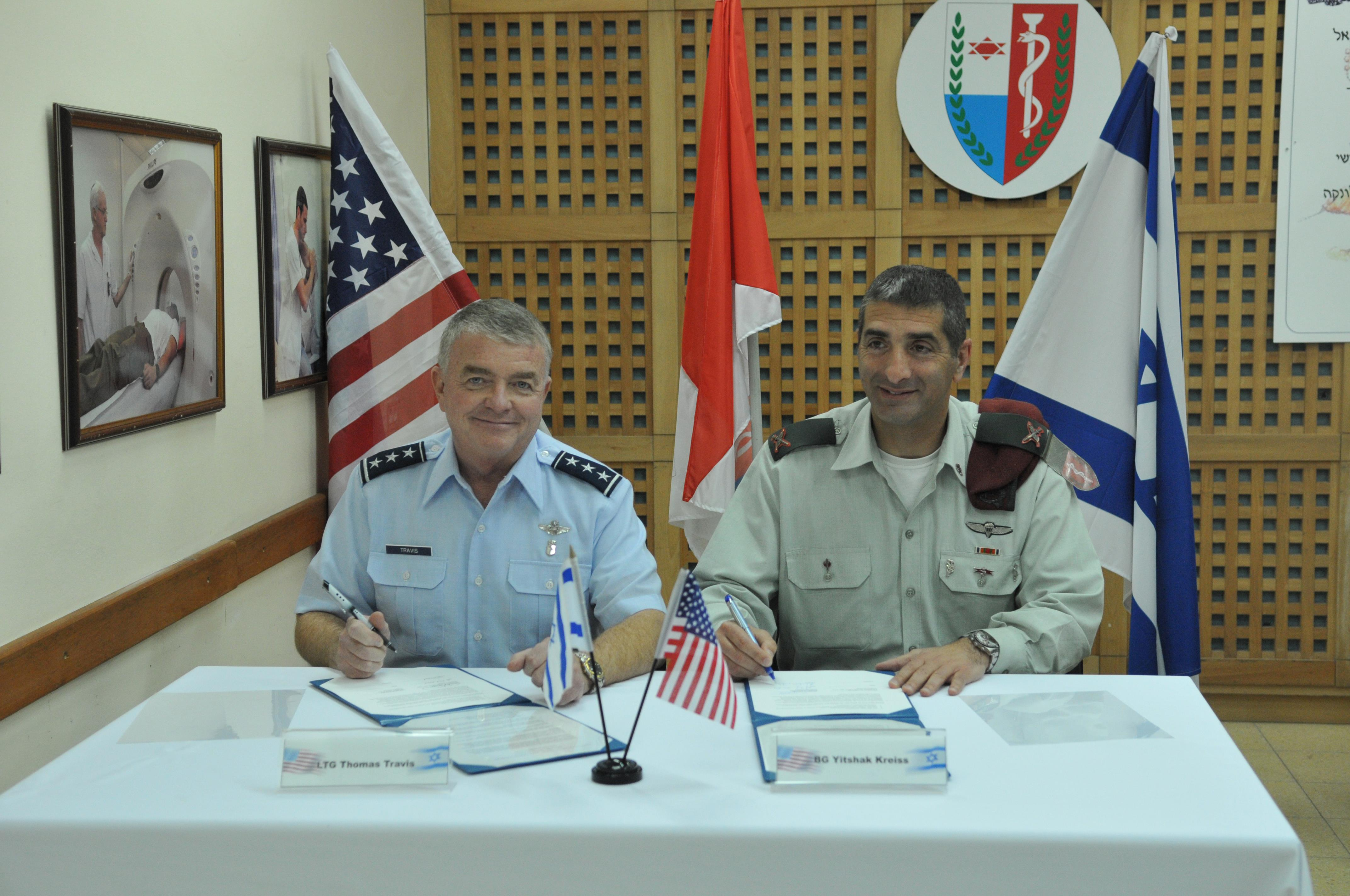 Us Air Force And Israeli Defense Force Surgeons General Sign