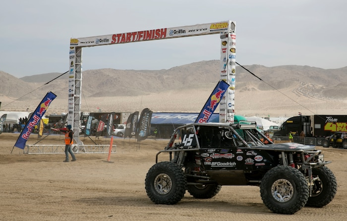 An Ultra 4 vehicle makes a pit stop during the final race of the 2014 King of the Hammers event in Johnson Valley, Calif., Feb. 7. During the final race, Loren Healy, the 2010 event winner, reclaimed his title by winning the 2014 event. (Official Marine Corps Photo By Lance Cpl. Kasey Peacock/Released)