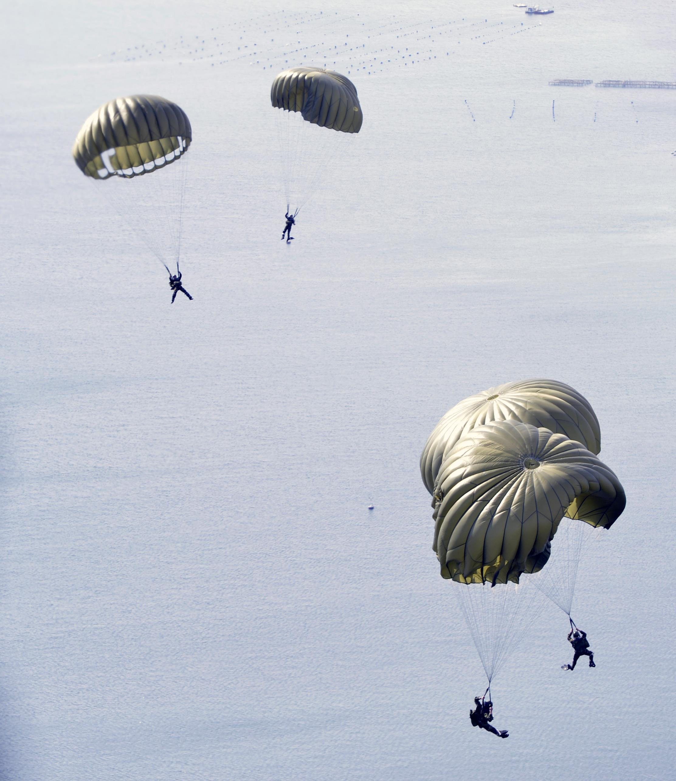 Joint Airdrop In Greece:bined Efforts Key To Success