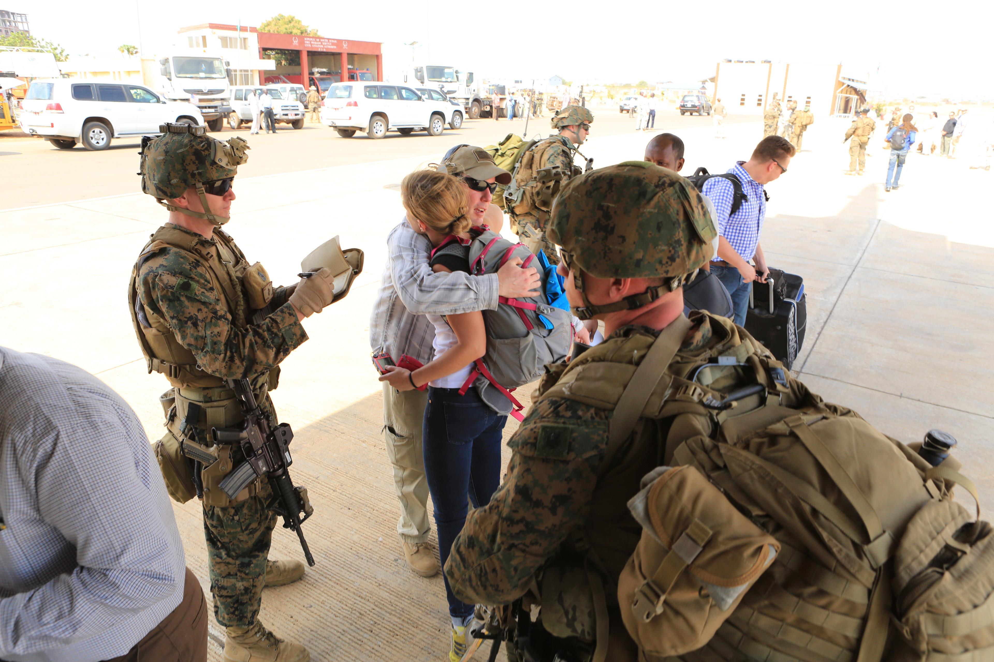 Marines evacuate embassy in South Sudan > Marine Corps ...