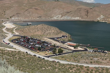 Barclay Bay at Lucky Peak Dam Recreation Area is a popular boat launch and picnic area, just 15 minutes from Boise.
