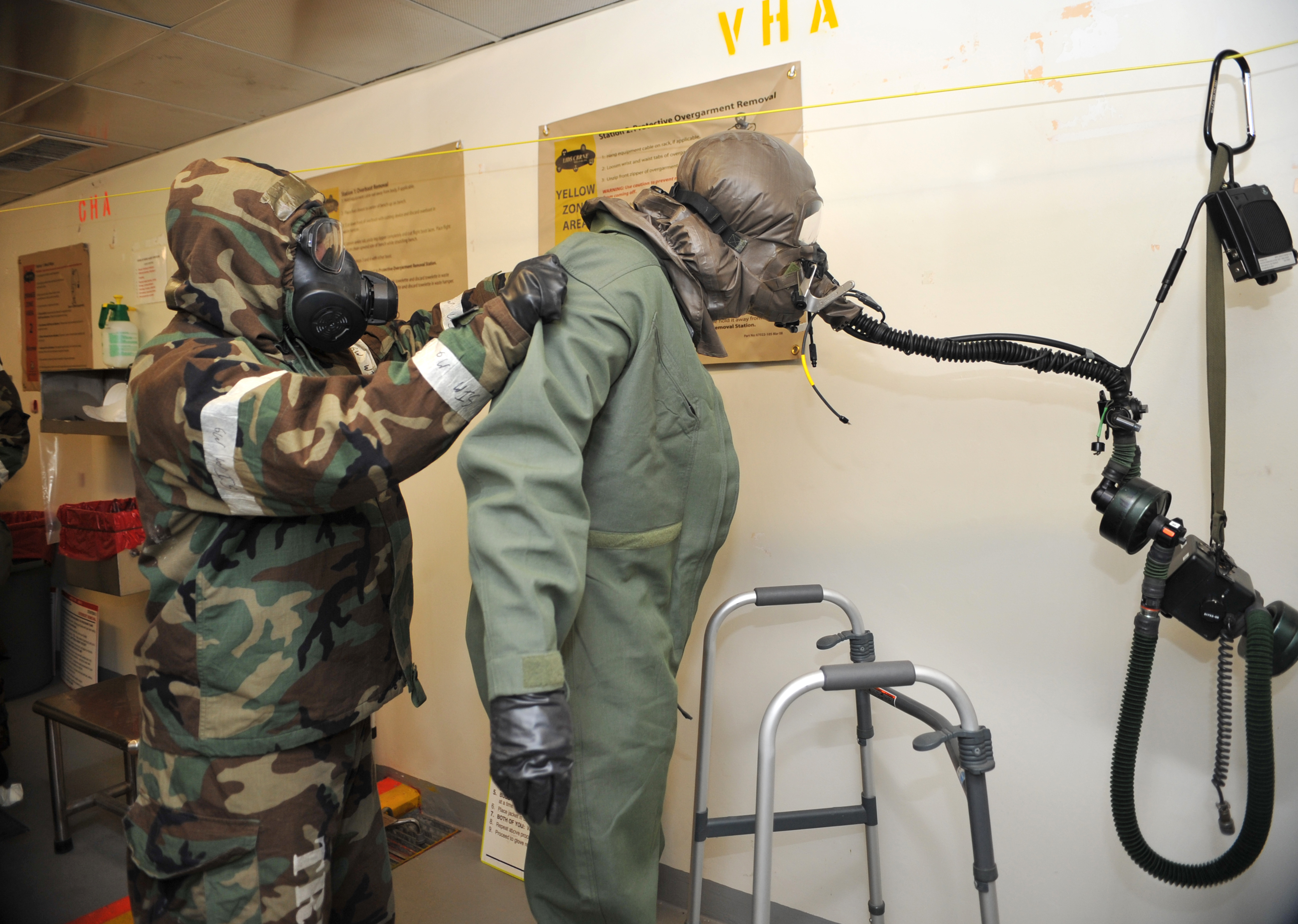Photos: AFE helps 25th FS suit up for CBRN exercise > Osan