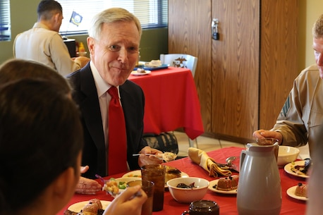 Secretary of the Navy Ray Mabus, has lunch with a group of Marines aboard Camp Pendleton, Calif., Jan. 10. Mabus met with a group of non-commissioned officers to 