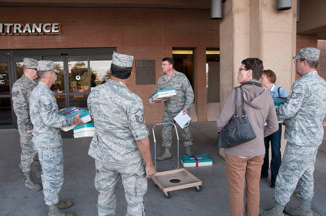Airmen in the community, 162nd Fighter Wing members deliver meals to homebound individuals. (U.S. Air National Guard photo by Master Sgt. David Neve/Released)
