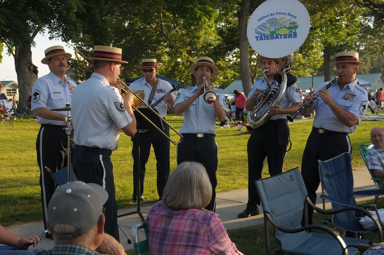 The Talegaters with the Air National Guard Band of the West Coast perform at the Brigham City Pioneer Park in Brigham City, Utah on July 4, 2014. (U.S. Air National Guard photo by Airman 1st Class Madeleine Richards/Released)