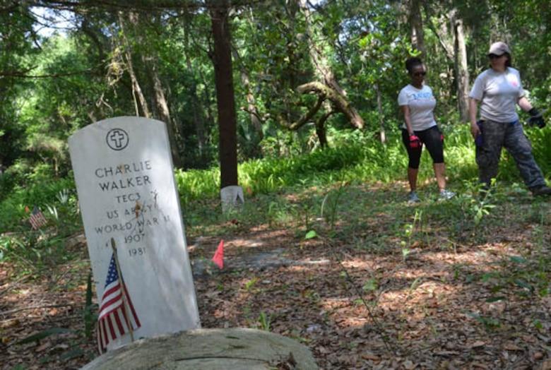 Florida Air National Guard cleanup at the Pinehurst and San Sebastian Cemeteries in St. Augustine, Fla., May 24, 2014. Photo by Master Sgt. Thomas Kielbasa