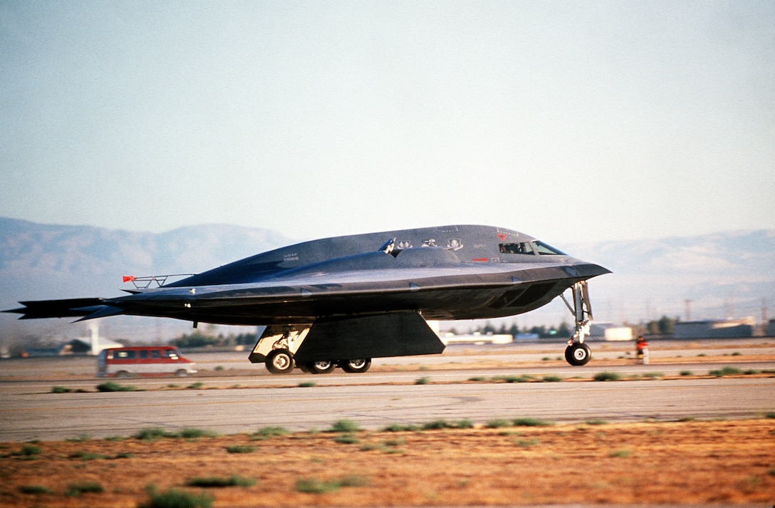 A B-2 Spirit bomber takes off July 17, 1989, from the Northrop Grumman production facility in Palmdale, California on its inaugural flight to Edwards Air Force Base, Calif. The B-2 would remain in the testing phase until 1993, when the first operational aircraft was delivered to Whiteman AFB, Mo. (Defense Imagery Management Operations Center)