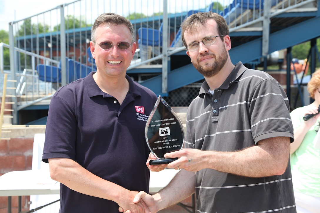 Chris Dening received the Great Lakes and Ohio River Division (LRD) Hard Hat of the Year award from District Commander Bernard Lindstrom, June 27.