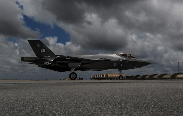An F-35A Lightning II taxis across the flightline on Eglin Air Force Base, May 28, 2014. The Air Force welcomed its first full F-35A joint strike fighter training squadron with the arrival of the 26th and final jet assigned to the 33rd Fighter Wing. (U.S. Air Force photo/Senior Airman Christopher Callaway)