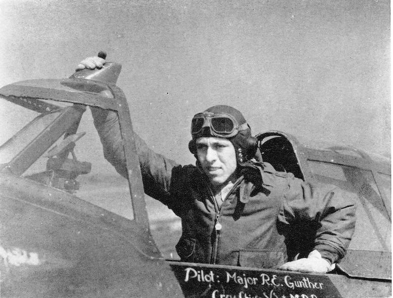 """404th Fighter Squadron Commander and leader on both D-Day missions was Major Rodney E. Gunther.  He led the squadron from July, 1943, to October, 1944.  (Courtesy """"The 371st Fighter Group in the E.T.O."""" via 406FS P-47 Pilot Francis E. Madore)"""