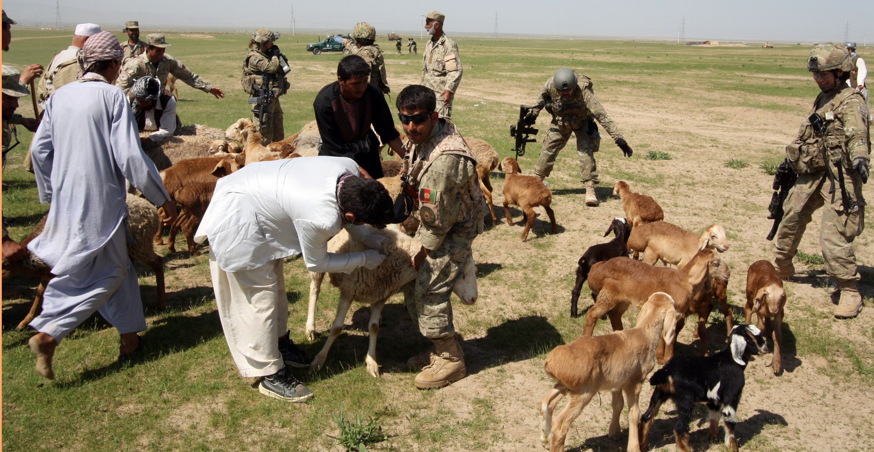 Afghanistan: Guard members assist with large-scale