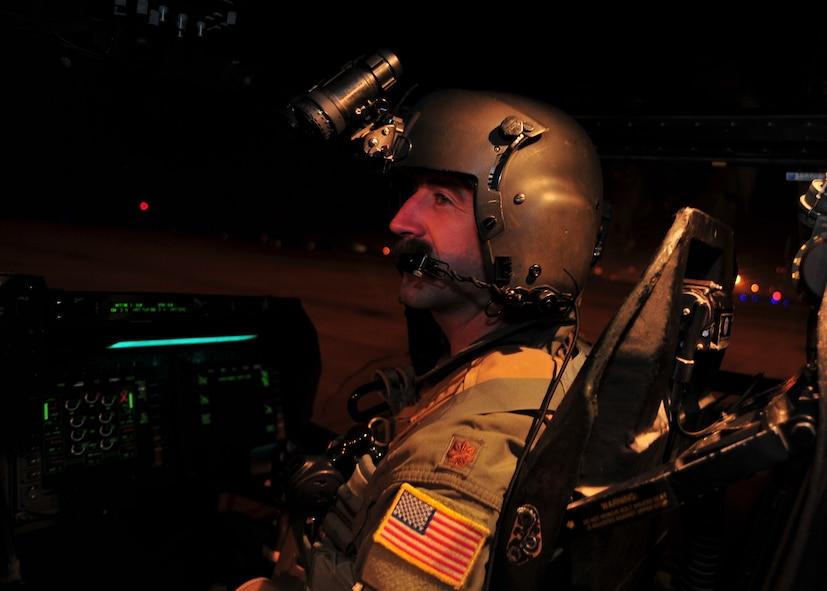 Maj. Nick Noreus, 8th Special Operations Squadron CV-22 Osprey pilot, operates a CV-22 Osprey on Hurlburt Field, Fla., June 4, 2014. Noreus and his crew returned to Hurlburt Field after a successful training mission. (U.S. Air Force photo/Staff Sgt. John Bainter)
